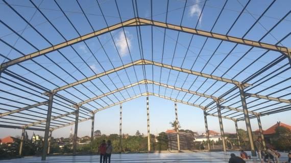 Konstruksi Baja Berat Bali